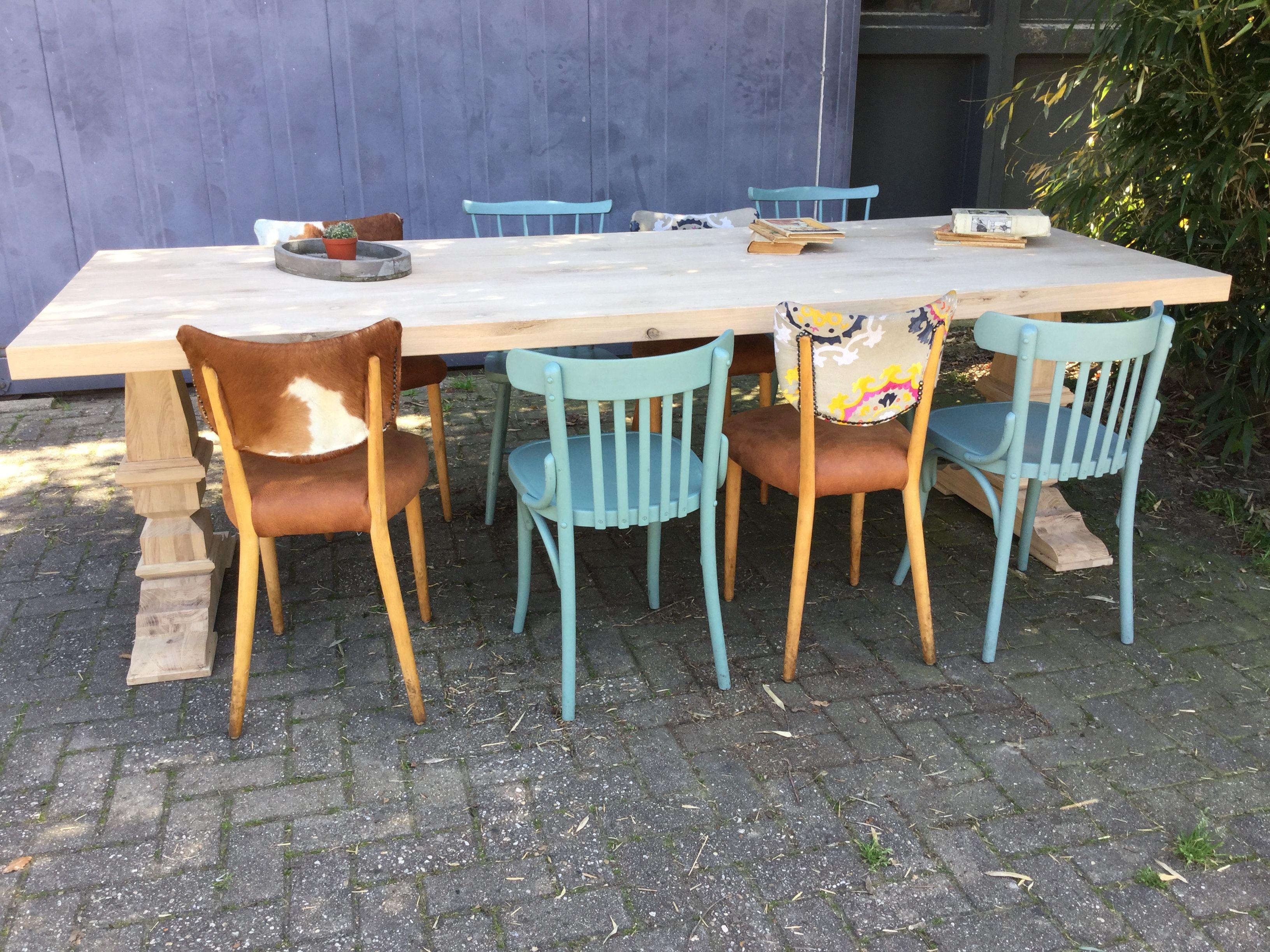 Eetkamer Cafe Stoelen.Cafestoelen En Houten Retro Keukenstoelen In Kleur Of Met