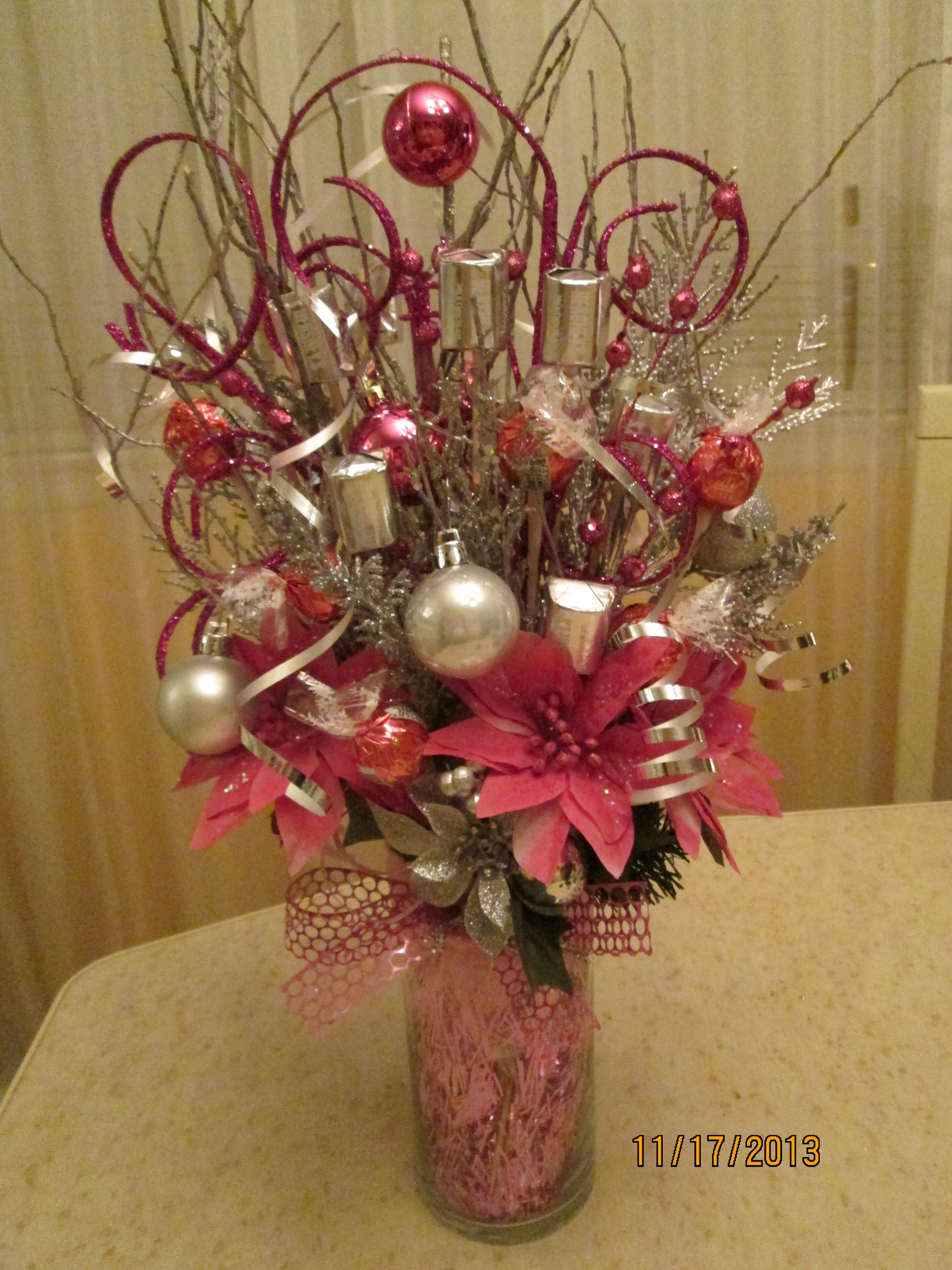 Chocolate bouquet on pinterest candy flowers bouquet of chocolate - Pink Christmas Candy Bouquet By Ana