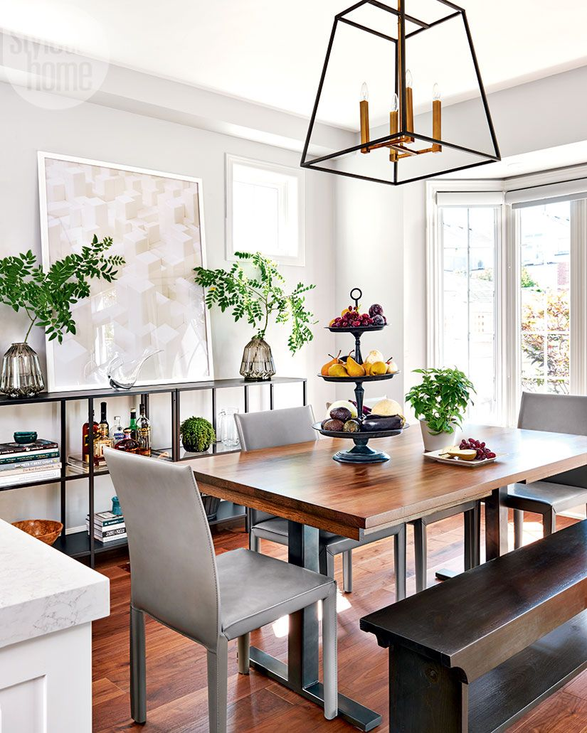 A Cozy And Modern Family Home Punctuated With Earth Tone Accents Style At Home Dining Room Layout Mirror Dining Room Kitchen Table Settings