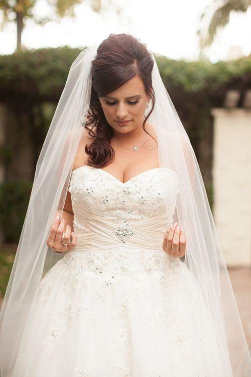 Plus Size Damen-Frisuren für die Hochzeit | Damen frisuren, Die ...