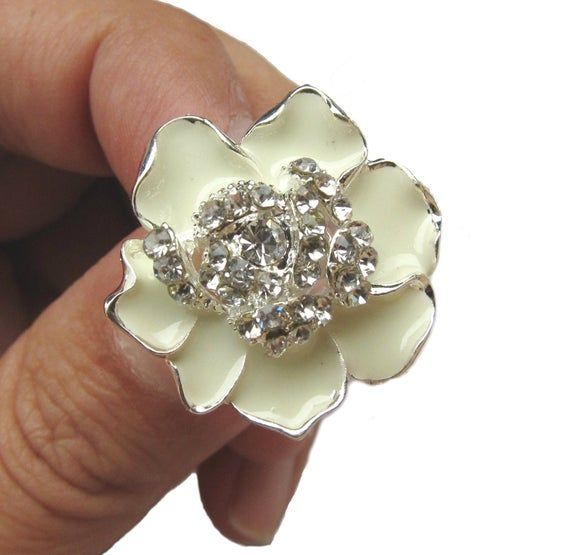 5 Cream Enamel Flower Rhinestone buttons Wedding Bridemaid | Etsy