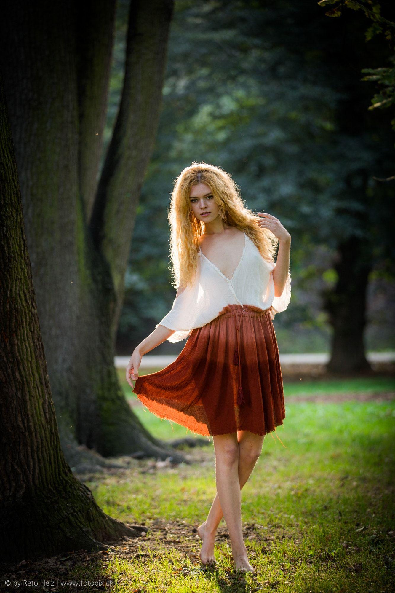 Kate Ri Model