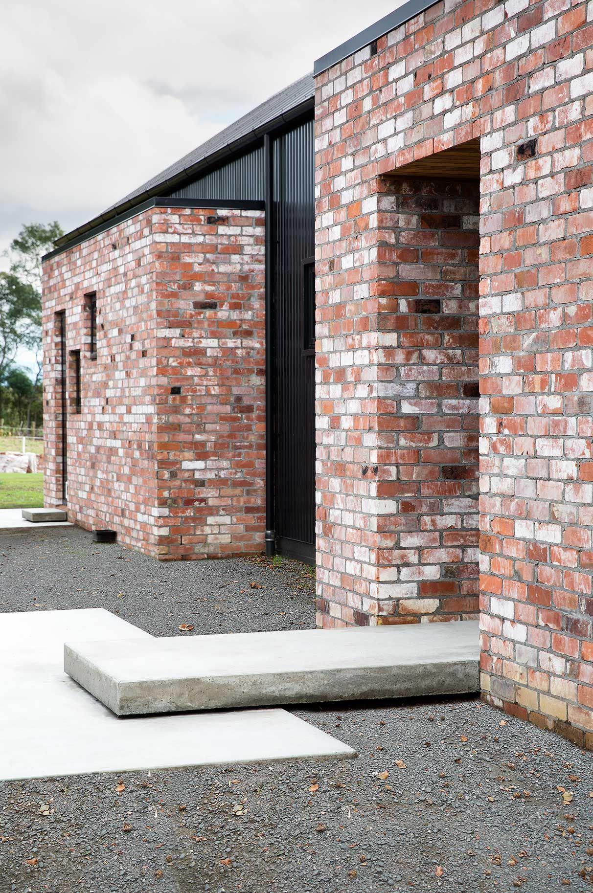 Modern Barn Form | Red Architecture | น้ำขุมรีสอร์ท | Pinterest ...