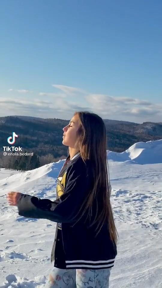 Tiktok Ihatemetoo Org Video In 2021 Snow White Party Brittany Snow Tik Tok Music