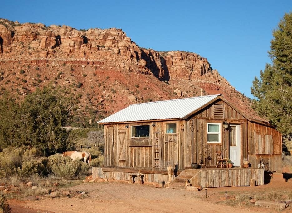 11 Best Most Unique Airbnb Rentals In Arizona Cabin