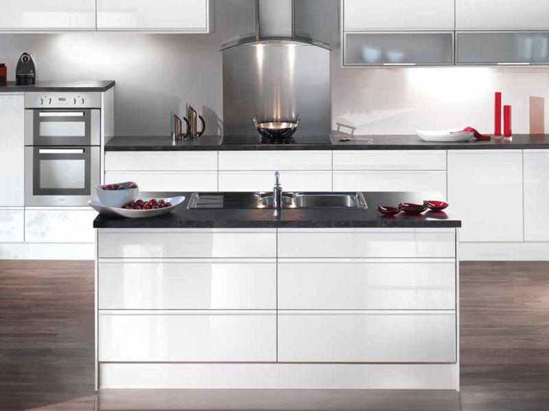 White Kitchen Worktop Ideas Part - 44: White Gloss Kitchen Idea Black Stone Worktops