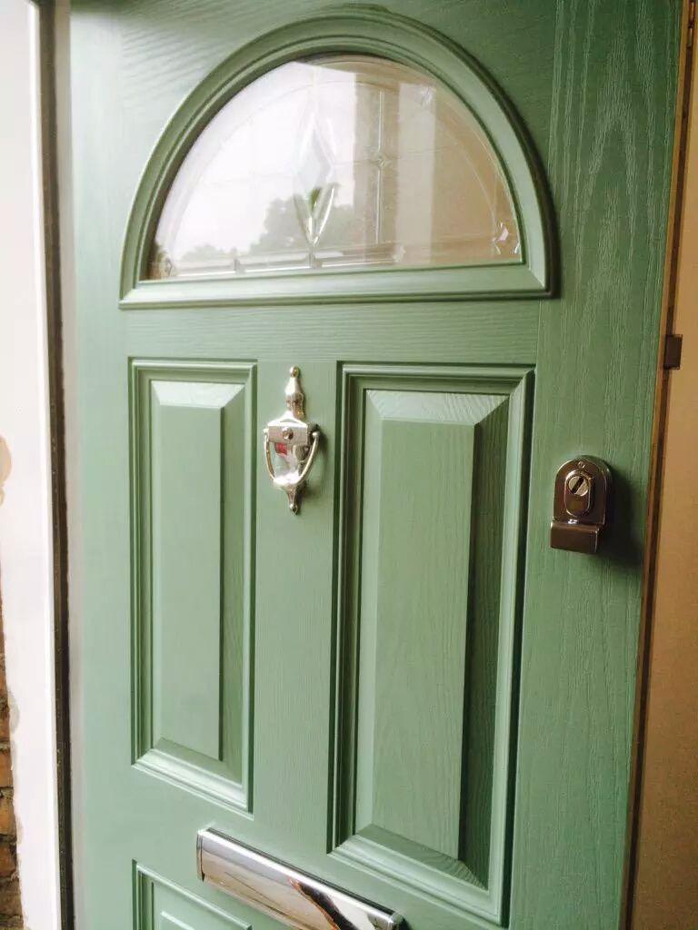 composite door #XtremeDoor Chartwell green Georgian 1 with Prism ...