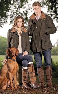 Casual Walking Attire In The Country English StyleBritish
