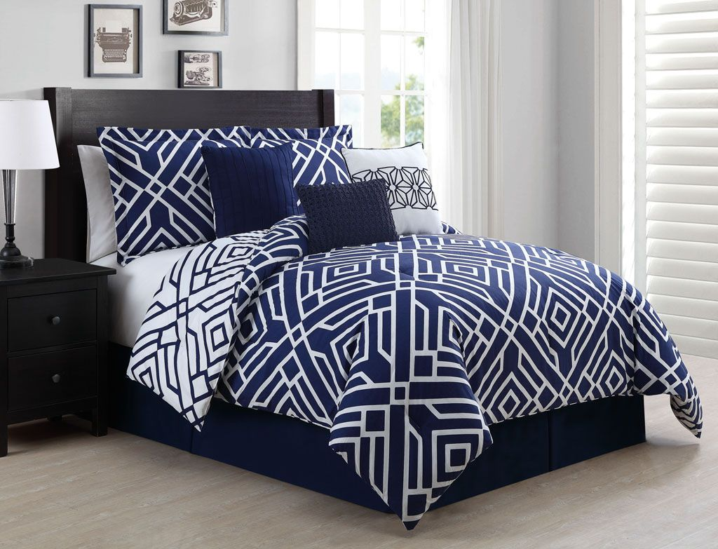 Royal blue bedding queen - 7 Piece Queen Carter Navy White Reversible Comforter Set