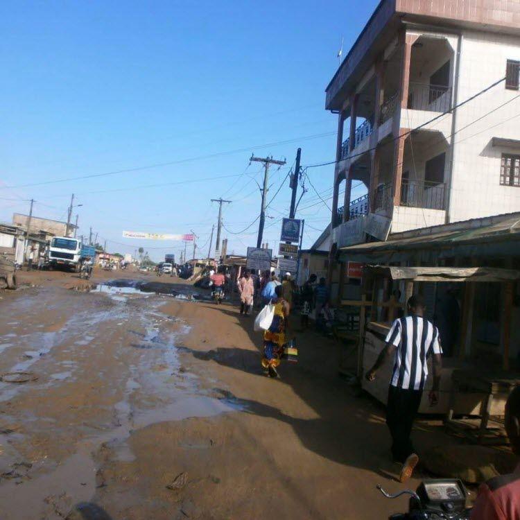 De curieux noms attribués aux rues :: CAMEROON
