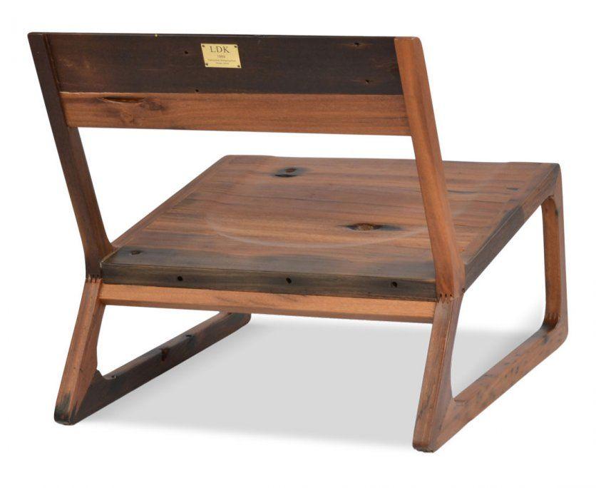 Astounding Shipwood Dark Lounge Chair by Logan Komorowoski Writing Advertorial: Photo of Interesting Interior Design Shipwood Dark Lounge Chair 04