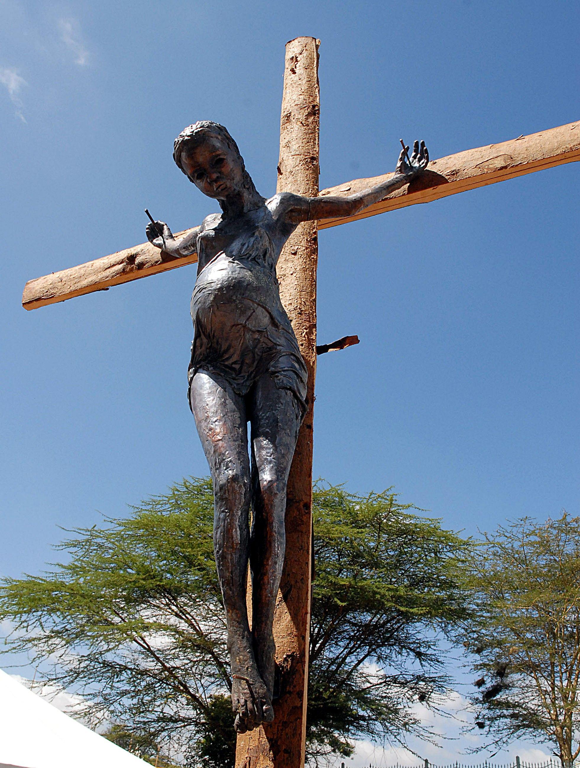 http://upload.wikimedia.org/wikipedia/commons/2/27/Crucified_Jens_Galschiot.jpeg
