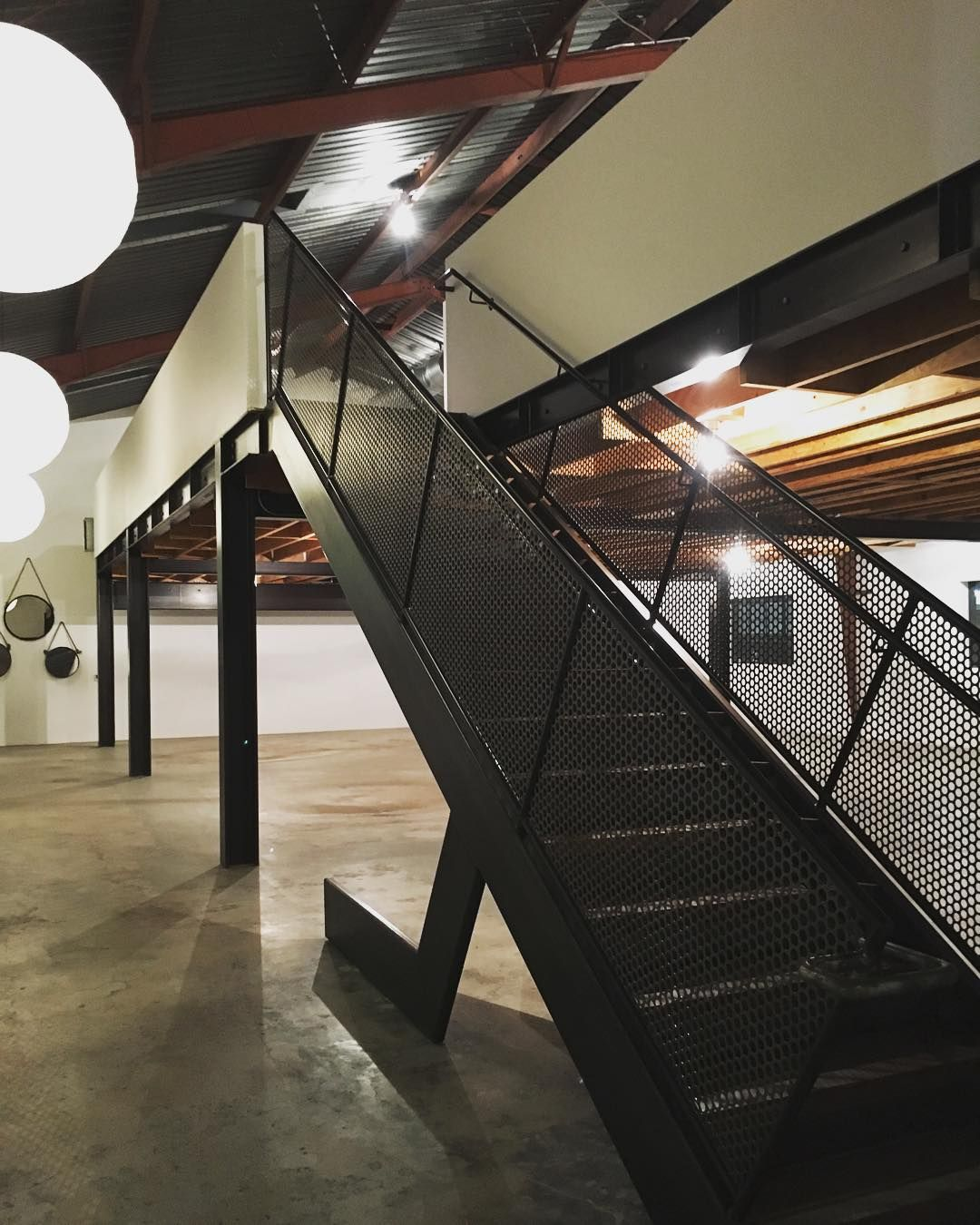 What was once an ordinary warehouse #AWEsome #BlackwelderCampus #CulverCity #creativespace #office #photooftheday #broker #event #vision #beforeandafter #tenantrep #TTG #CRE @blackwelder_LA by thetenantgroup
