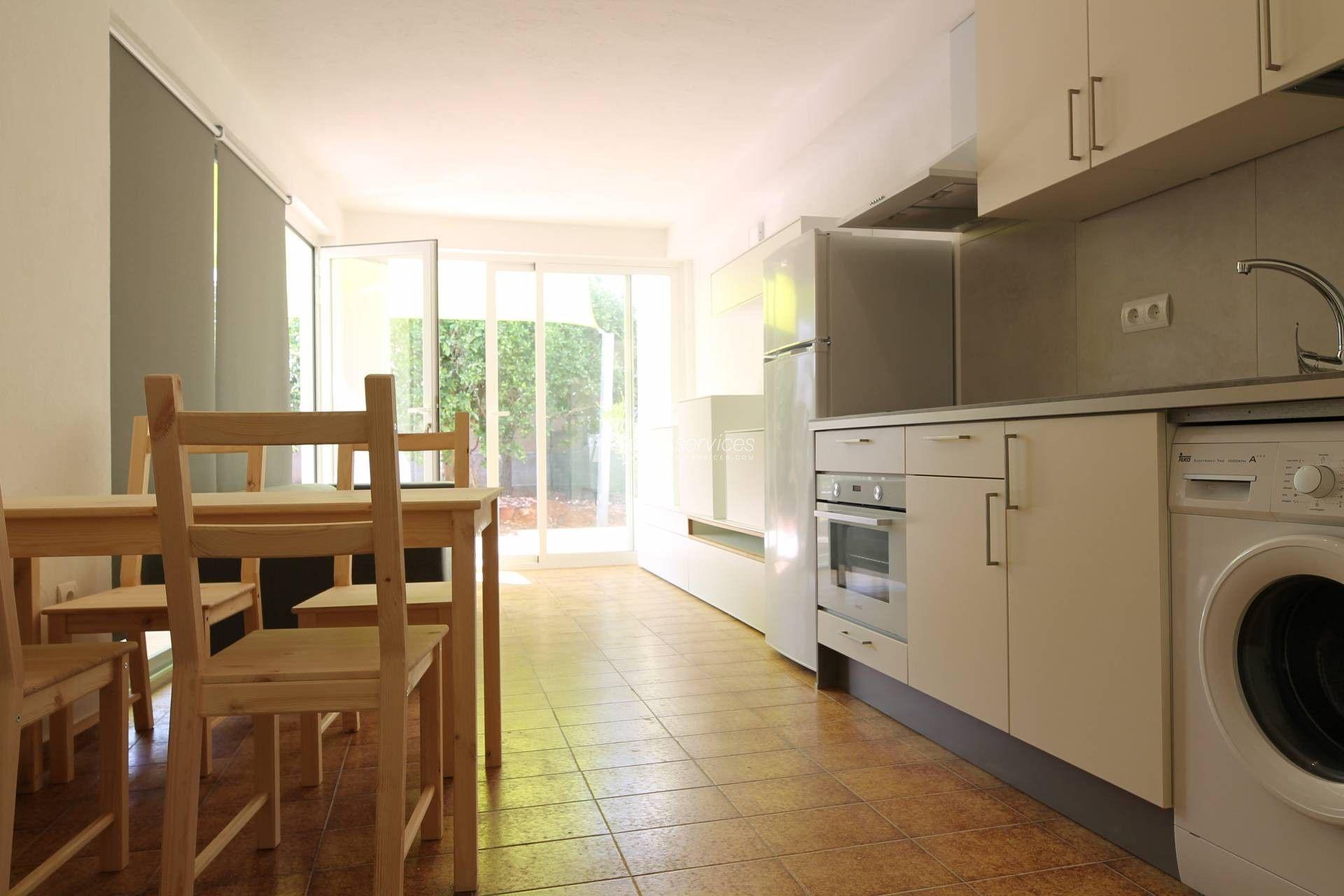 Alquiler Anual Casa Ibiza 2 Habitaciones Salon Con Cocina Americana Casas Apartamentos