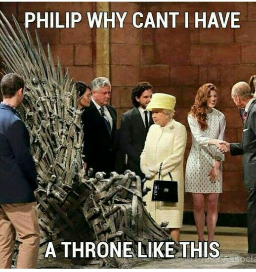 Queen And Throne Game Of Thrones Set Game Of Thrones Meme Game Of Thrones Funny