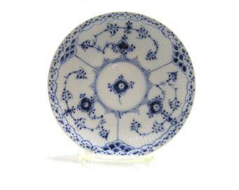 Vintage Royal Copenhagen Porcelain Saucer in Blue Fluted Half Lace Pattern #756