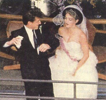 Madonna And Sean Invite You To Their Wedding Very Late Breaking News Celebrity Weddings Celebrity Wedding Photos Madonna