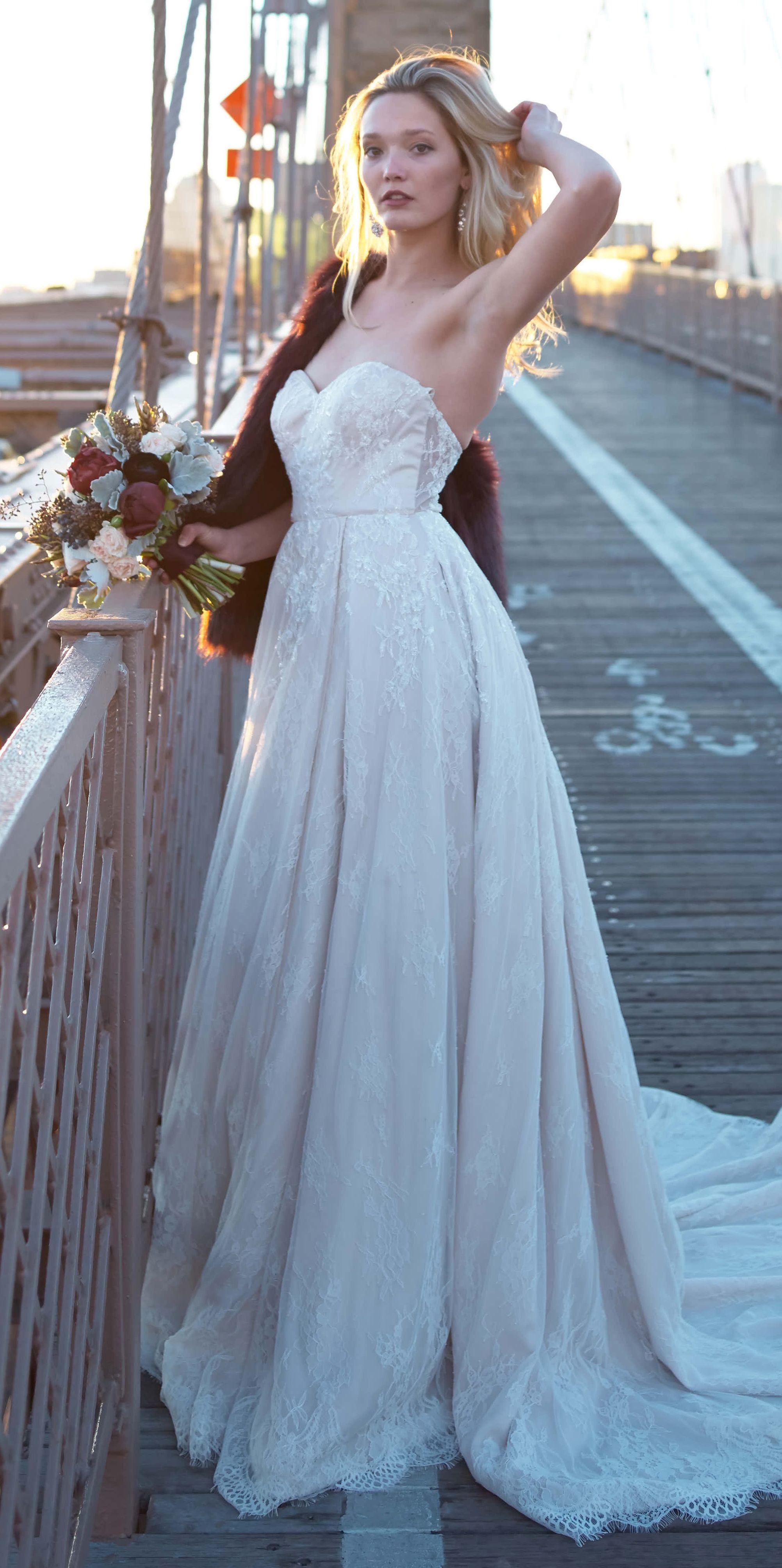 Winter wedding on the Brooklyn Bridge! Shimmer lace wedding dress ...