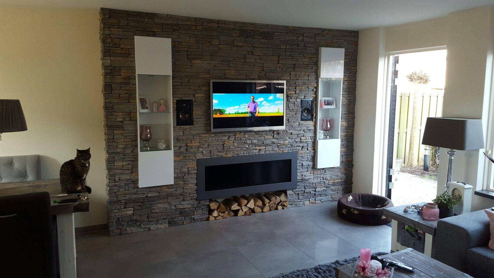 tv wand gemaakt met steen strips | tv muur meubel | pinterest | tvs