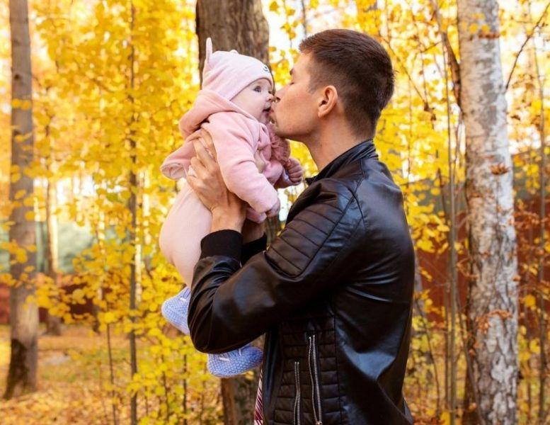 В последнее время скандалы стали все чаще омрачать семейное счастье  Рапунцелей. Дима и Оля Дмитренко 7b18129c15a