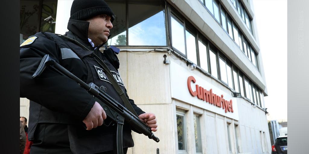 Turkish reprint of #CharlieHebdo sparks police raid, competing hashtags: http://buff.ly/1ILnSLa #Turkey