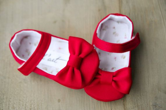 red shoes infant