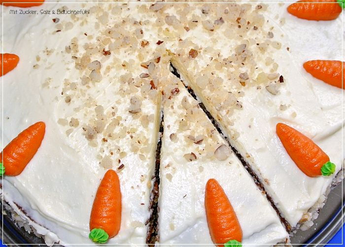 Carrot cake http://zucker-und-salz.blogspot.de/2014/04/rublikuchen-mit-frischkasetopping.html