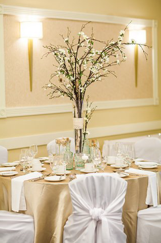Tall cherry blossom centrepiece | Unico Decor