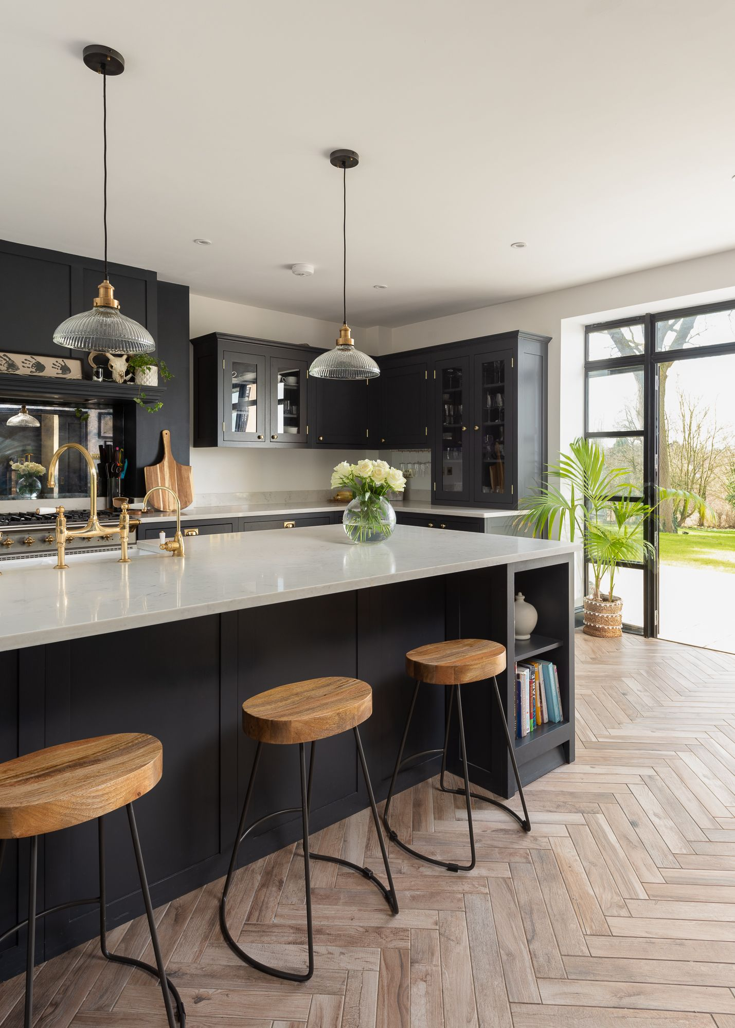 Classic Shaker Kitchen with dark cabinets and island