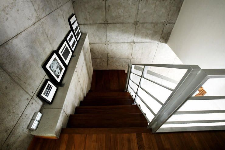 Staircase decor ideas for your HDB maisonette | Entryways ...