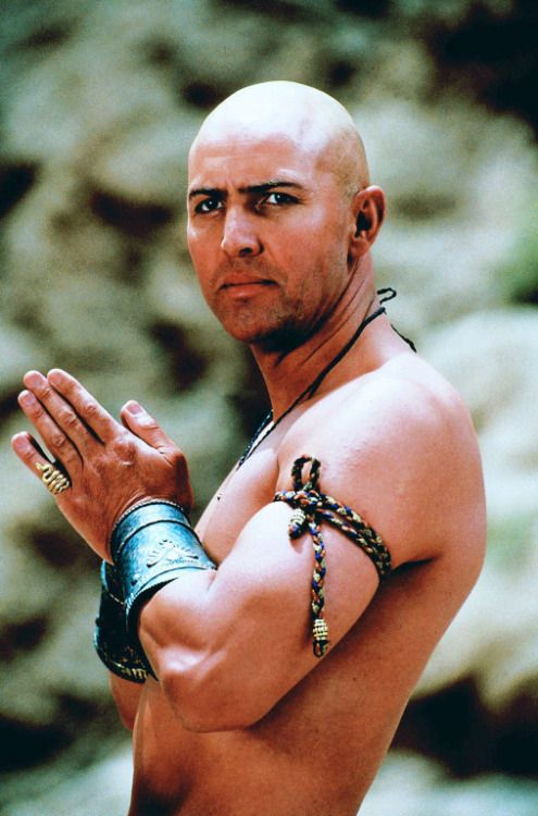 [Imhotep -  Arnold Vosloo. The Mummy]