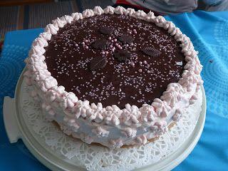 Mansikka-marianne kakku