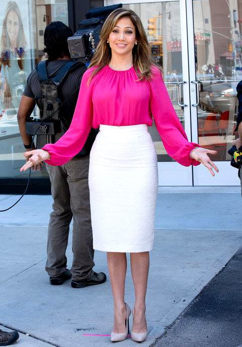 Jennifer Lopez in pink blouse & white midi pencil skirt with ...