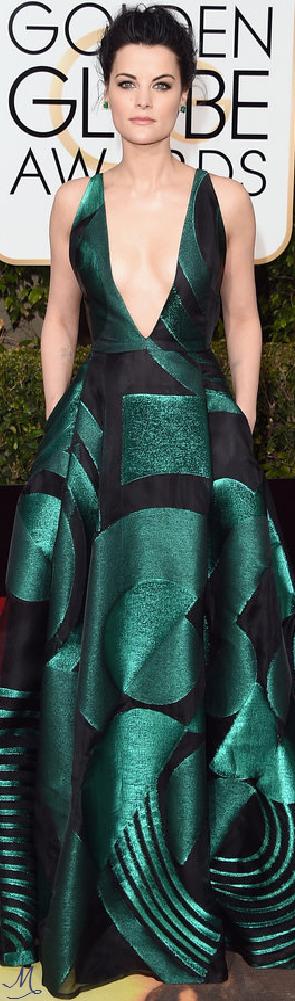 2016 Golden Globes Red Carpet Arrivals   Jaimie Alexander in Genny with Lorraine Schwartz jewelry