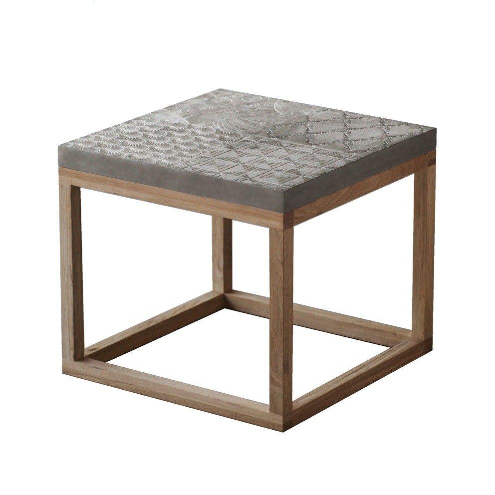 Klein Design Bijzettafeltje.Klein Design Salontafel Met Een 4 Cm Dik Blad Van Beton