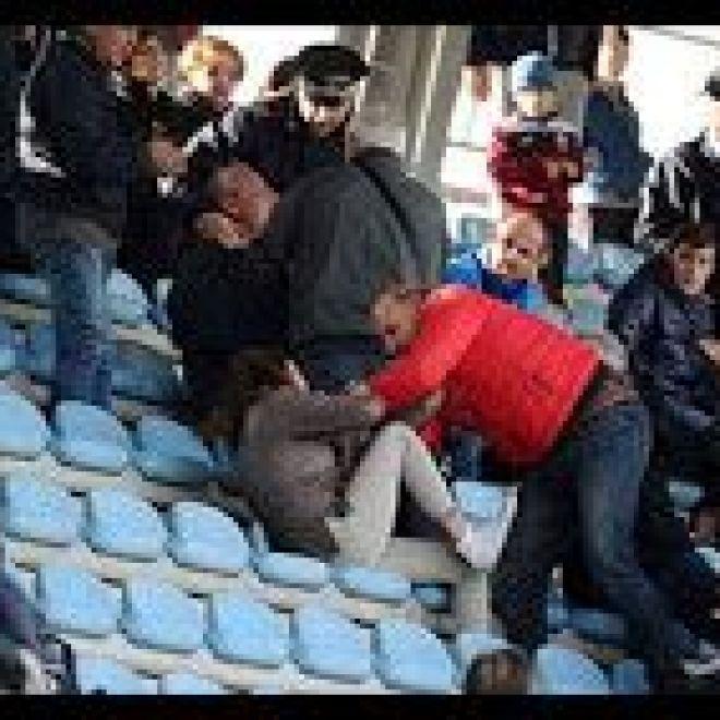 Calcio. Rieti - Olbia. Aggredisce la sorella di un giocatore | Foto Sport Notizie