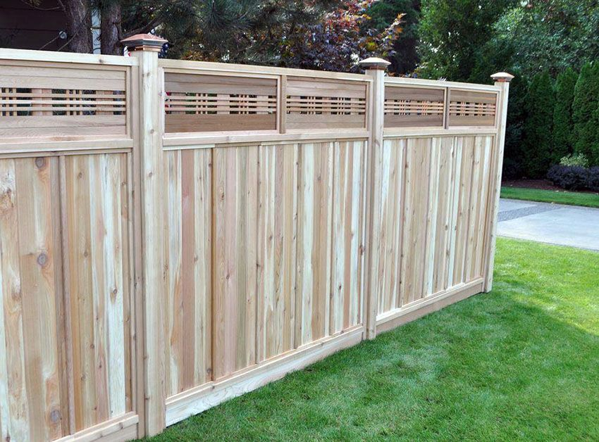 Board On Board Fence With Lattice Top Wood Fence Installation Wood Fence Fence With Lattice Top