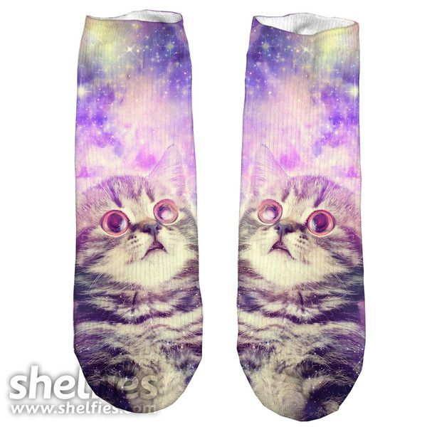 Kitty kat foot fun