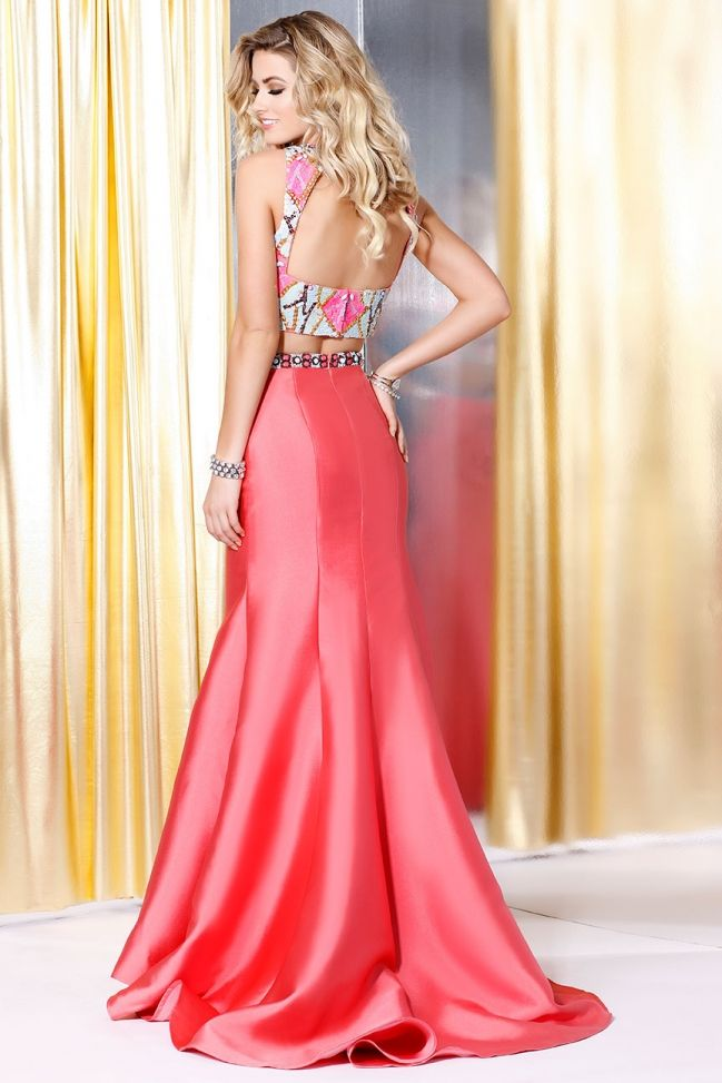 Find inspiration and ideas for your next pageant or appearance gown ...