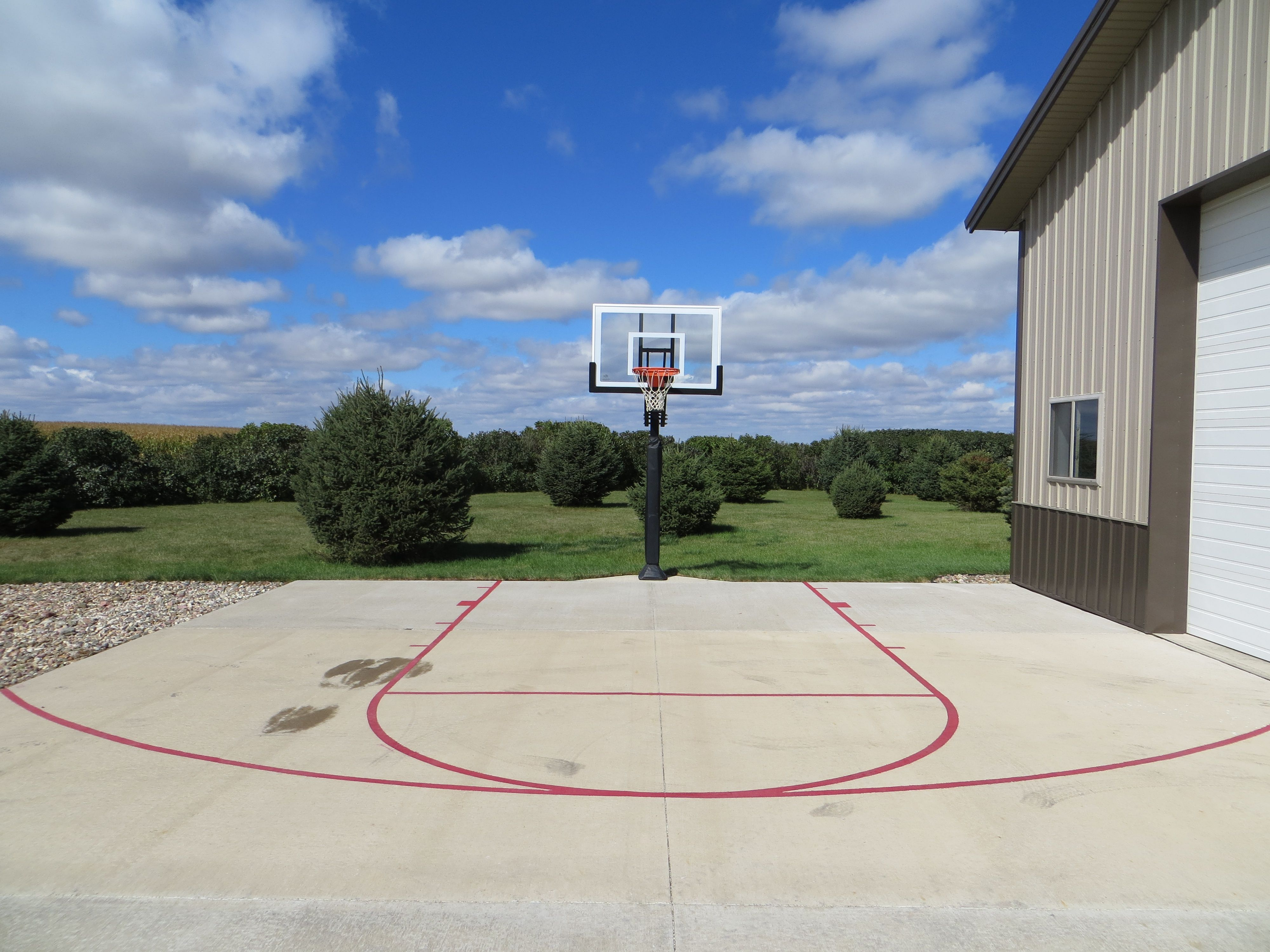 the pro dunk hoop wider height adjust ability over the competition