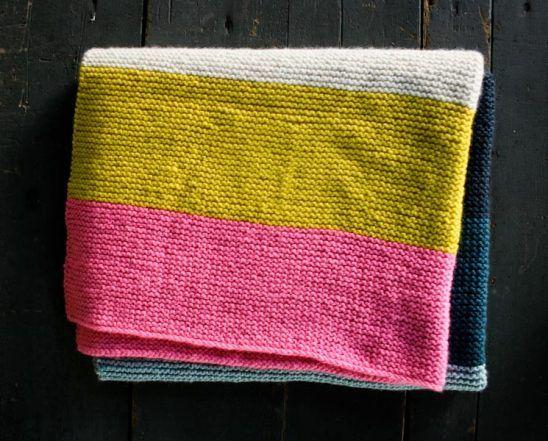 Super Easy Crib Blanket in Worsted Twist | Modern crochet ...