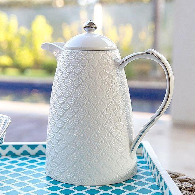 { Novidade } Apresentamos a vocês a Garrafa Térmica de Porcelana Condessa! Uma…