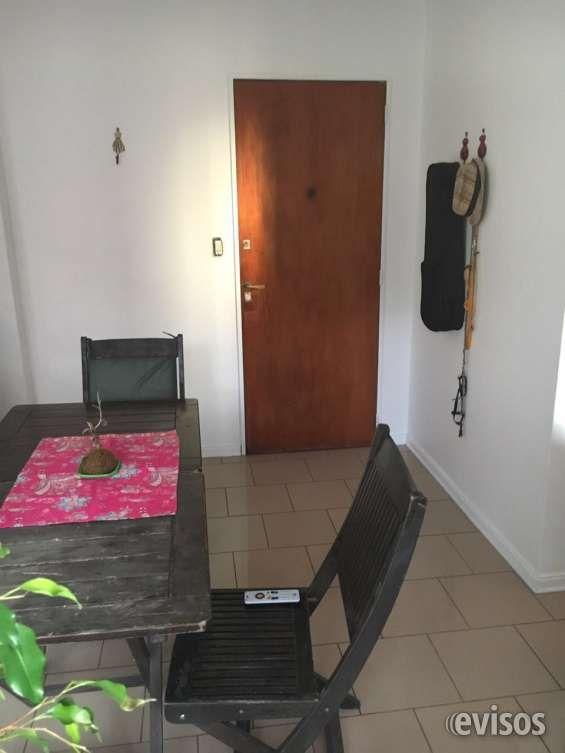 Vendo departamento en Olivos  Vendo departamento en Olivos, a una cuadra y media de ..  http://olivos.evisos.com.ar/vendo-departamento-en-olivos-id-966162