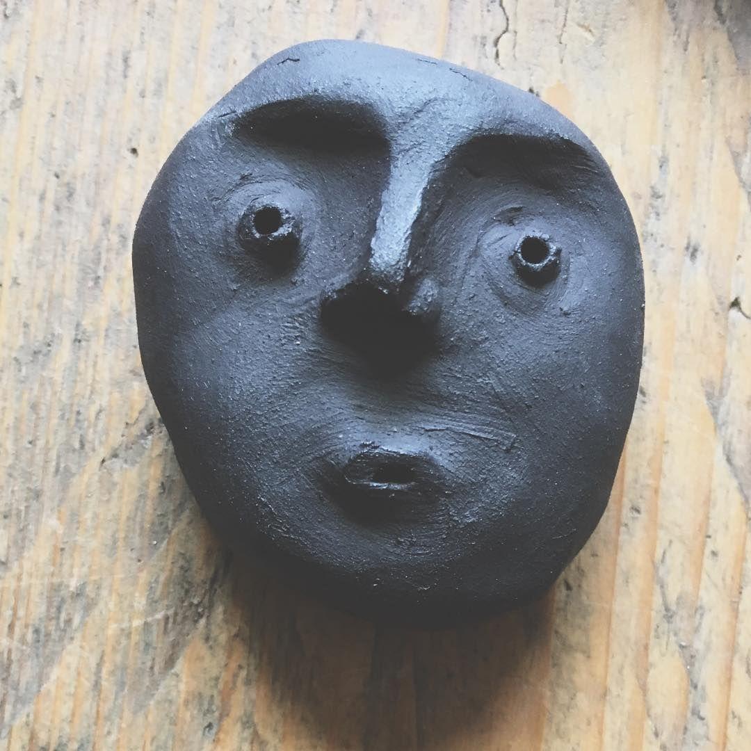 #day127of365 #untrucparjour #unegueuleparjourtoutlemoisdemai #pottery #blackclay #ceramique #mud
