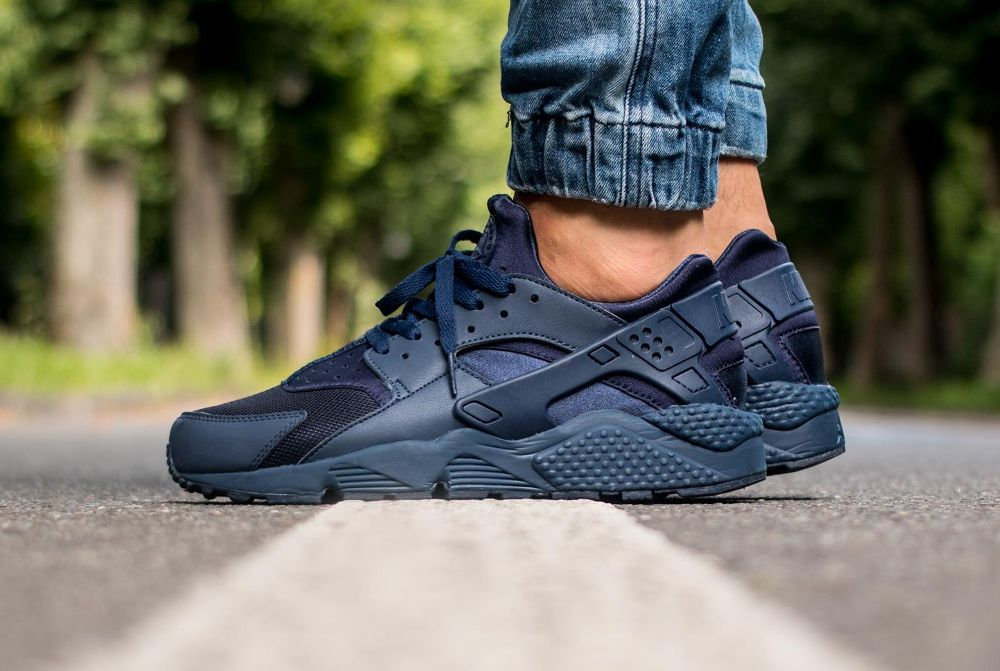 détaillant en ligne f9a42 a99fc Nike Air Huarache 'Midnight Navy' post image | Threads in ...
