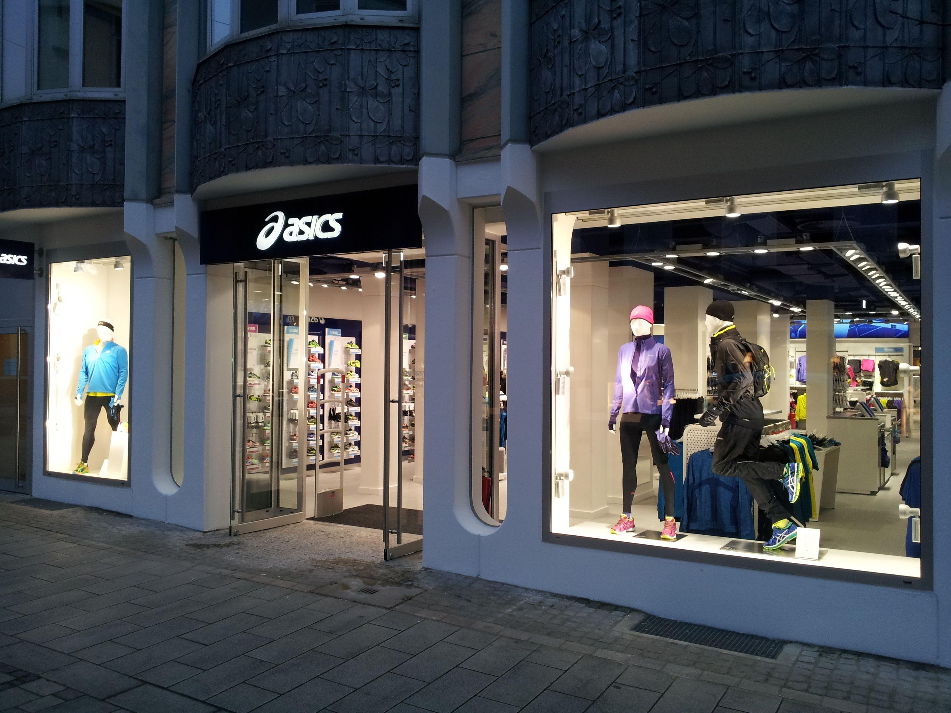 online retailer 0db75 f139f Asics Dusseldorf Exterior | Retail by WDC CREATIVE ...