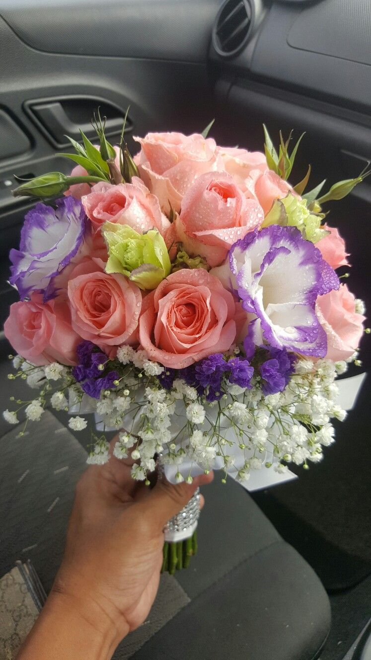 Pin by faixalcreations deco n artz on fresh flower hand bouquet pin by faixalcreations deco n artz on fresh flower hand bouquet pinterest hand bouquet and fresh flowers izmirmasajfo