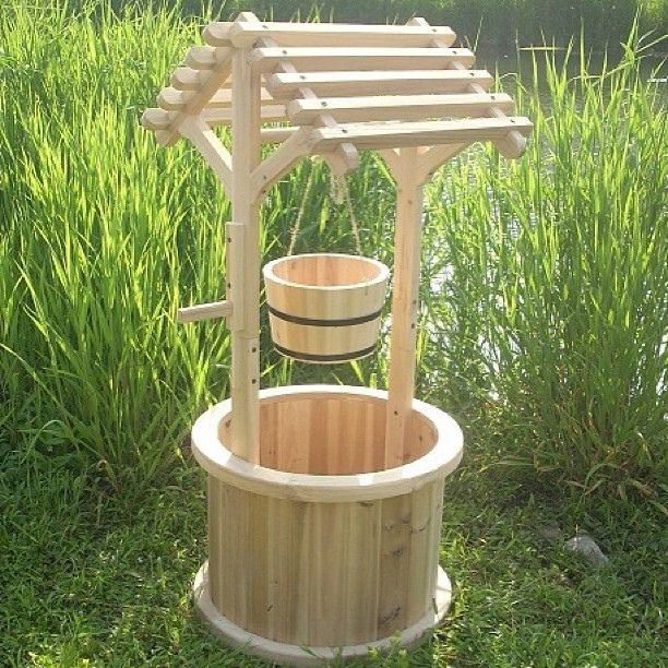 Pozo de los deseos para el jardin mobiliario para el for Mobiliario de jardin de madera