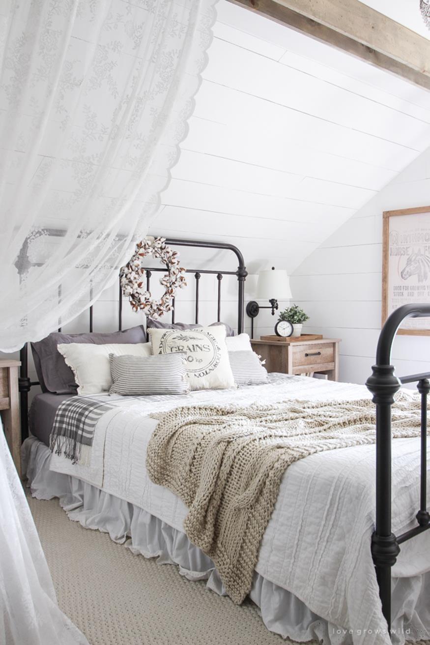 Vintage Farmhouse Bedroom Decorating Ideas 15 Modern Farmhouse Bedroom Farmhouse Master Bedroom Rustic Master Bedroom