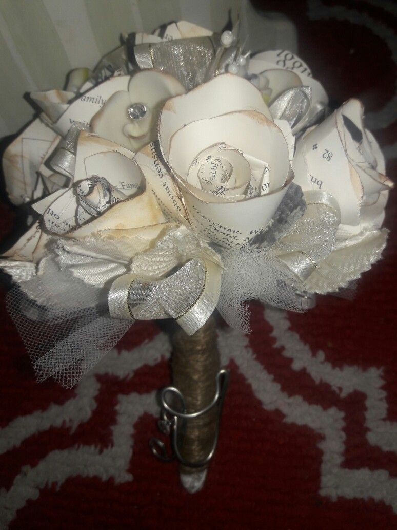Paper flower bouquet rustic look ribbon and tulle filler diy paper flower bouquet rustic look ribbon and tulle filler izmirmasajfo